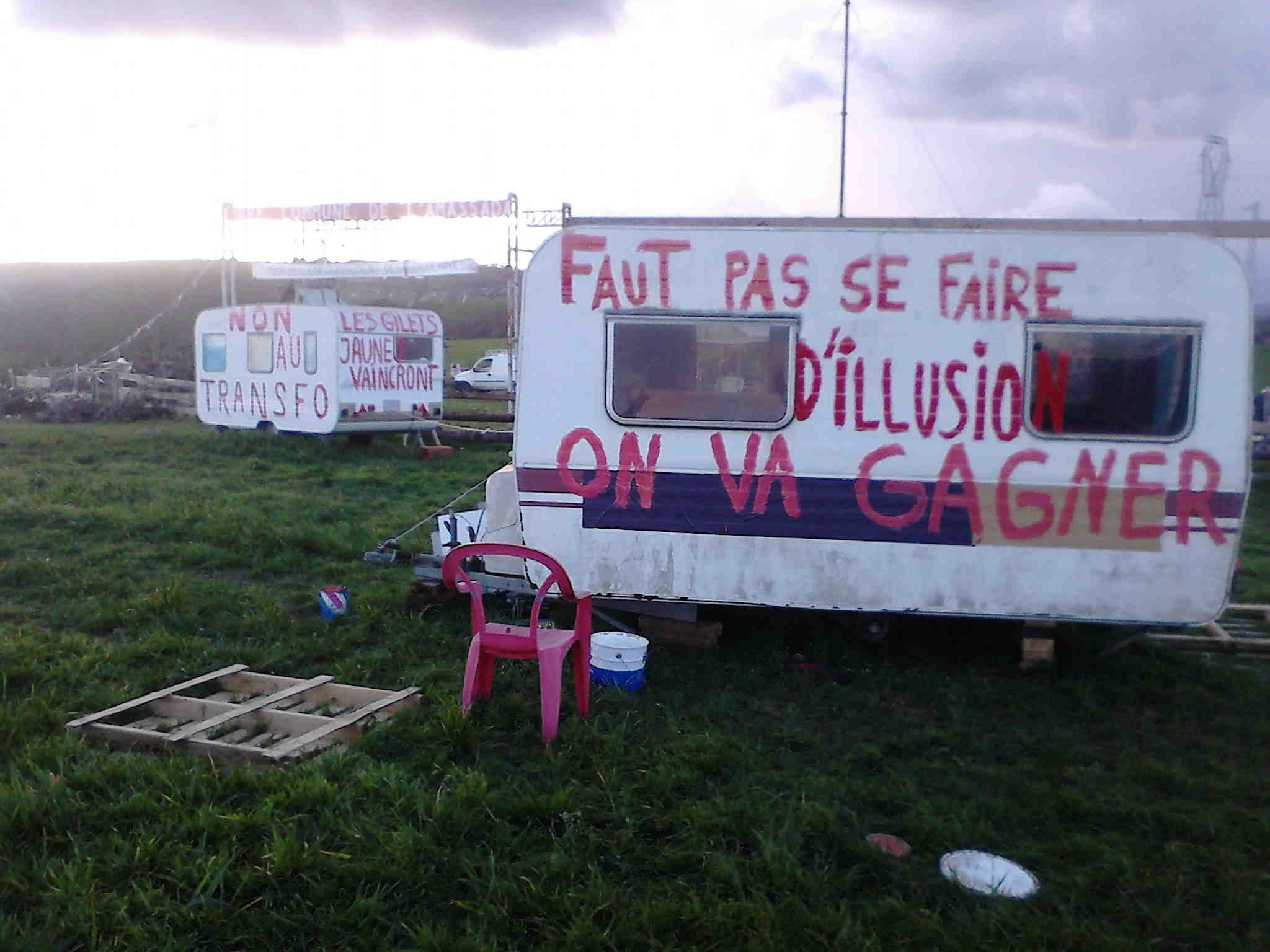 COMMUNIQUE du 20 décembre: Menace d'expulsion sur l'Amassada